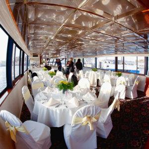 dinner in cruise