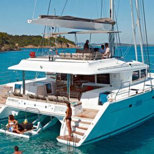 Lagoon Yacht