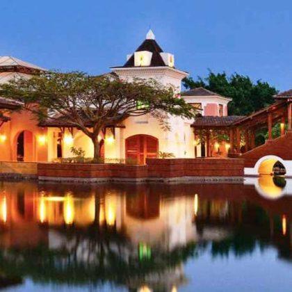 Book resort for honeymoon in Goa- Luxury Rental