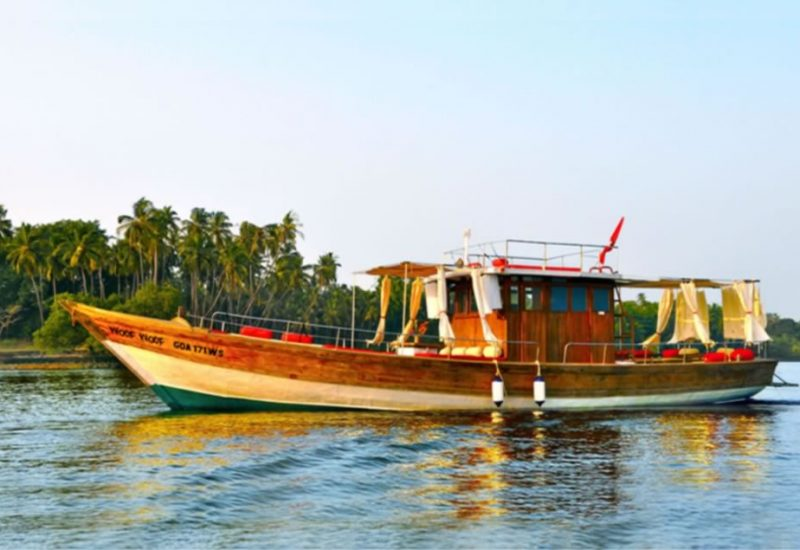 Oyster goa boat