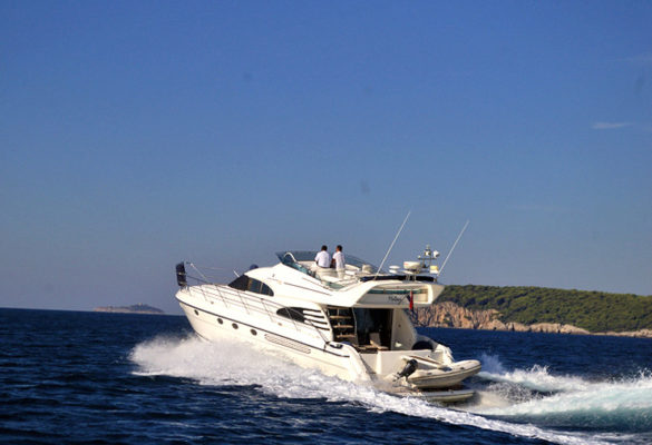 Fairline Squadron Goa